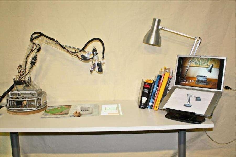 Les applications imaginables d'un ordinateur à interface dématérialisée sont multiples. Les gestes remplacent la souris, l'affichage est multiforme, le clavier s'efface ou s'adapte... © Fluid interfaces group