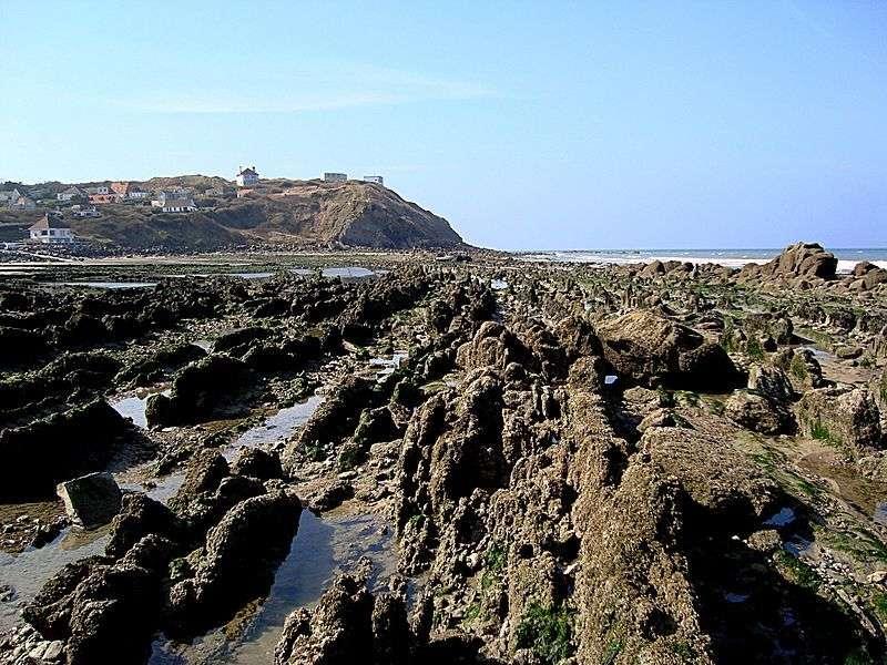 Le cap Gris-Nez, situé à 34 km de Douvres, est le point du littoral français le plus proche de l'Angleterre. © Velvet, Wikimedia Commons, GNU 1.2