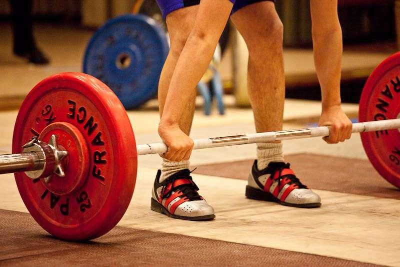 L'haltérophilie est un sport qui fait appel à la puissance musculaire, mais pas seulement. Il faut aussi être souple et maîtriser son équilibre. Elle est pratiquée par environ 50.000 licenciés en France (chiffres 2011). © Florian Ziegler, Flickr, cc by nc sa 2.0