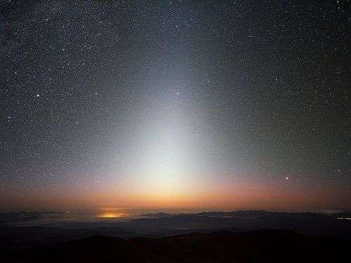L'étrange lumière zodiacale. © Futura-Sciences
