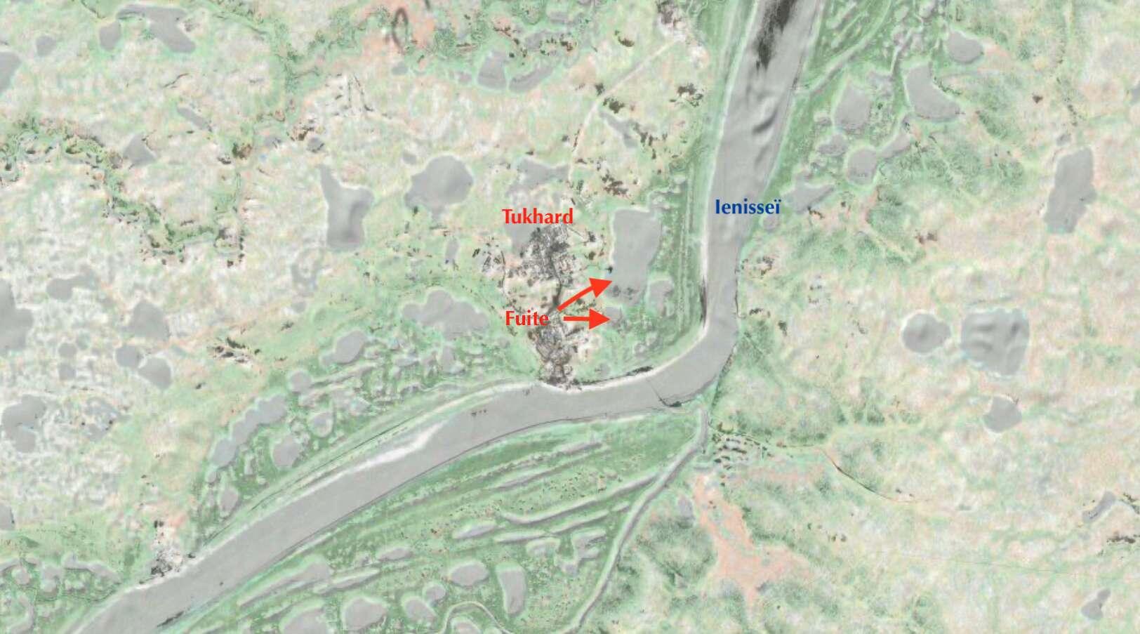 La fuite de pétrole du pipeline a entraîné la pollution de deux lacs reliés à la rivière Ienisseï. © C.D, Apple Plans