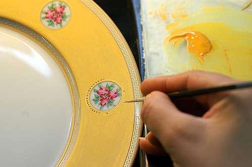 Le tressaillage est une technique de travail de la porcelaine. © Haute-Vienne Tourisme, CC BY-NC-ND 2.0, Flickr