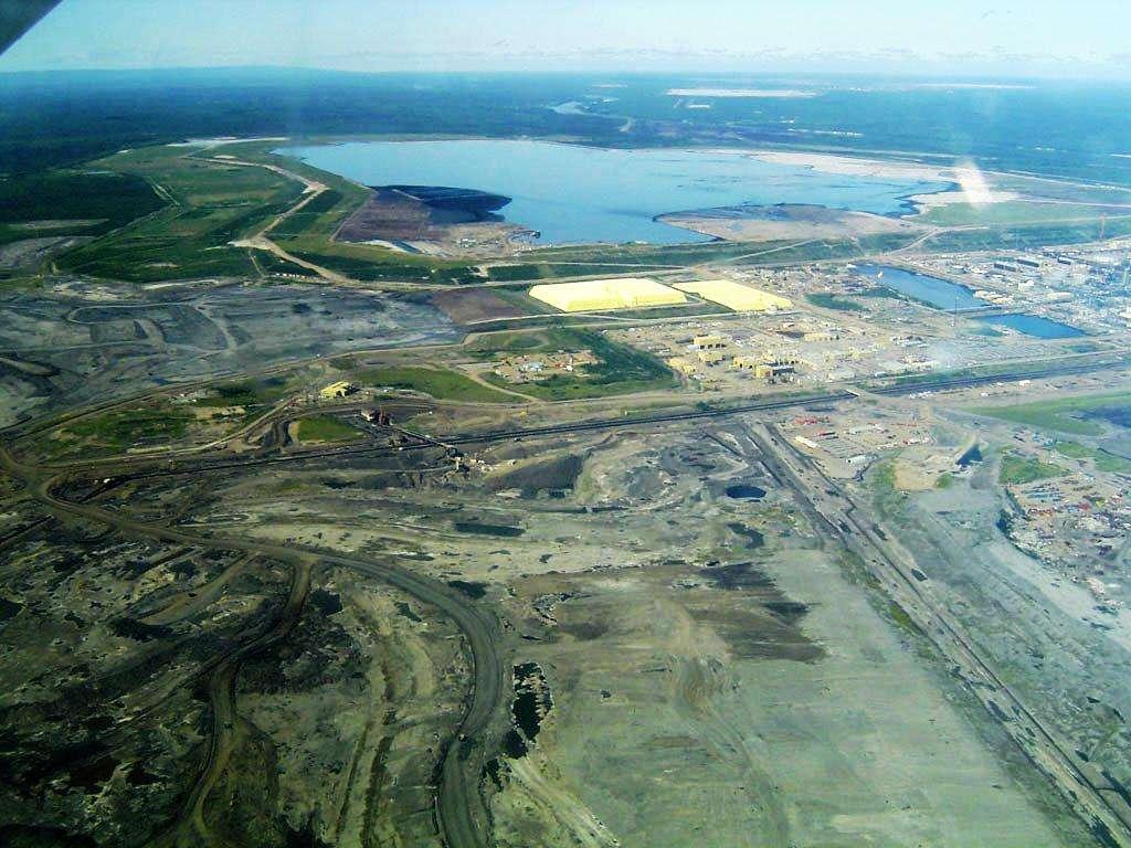 Les principales réserves de sables bitumineux se trouvent en Alberta (Canada) et dans le bassin du fleuve de l'Orénoque, au Venezuela. © TastyCakes, DP