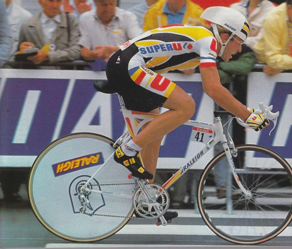 Laurent Fignon était l'un des meilleurs coureurs français des années 1980, avec notamment deux Tours de France à son palmarès. L'ancien cycliste est décédé en 2010 des suites d'un cancer des voies digestives. On ignore si les produits dopants qu'il a avoué avoir pris durant sa carrière sont derrière la maladie. © Numerius, Flickr, cc by nd 2.0