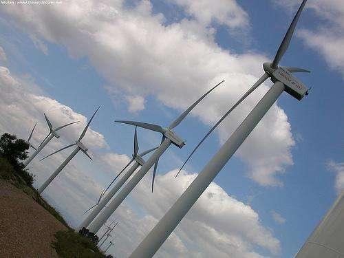 Un vent de colère souffle contre les conclusions du nouveau rapport parlementaire dur l'éolien. © TheWindPower CC by