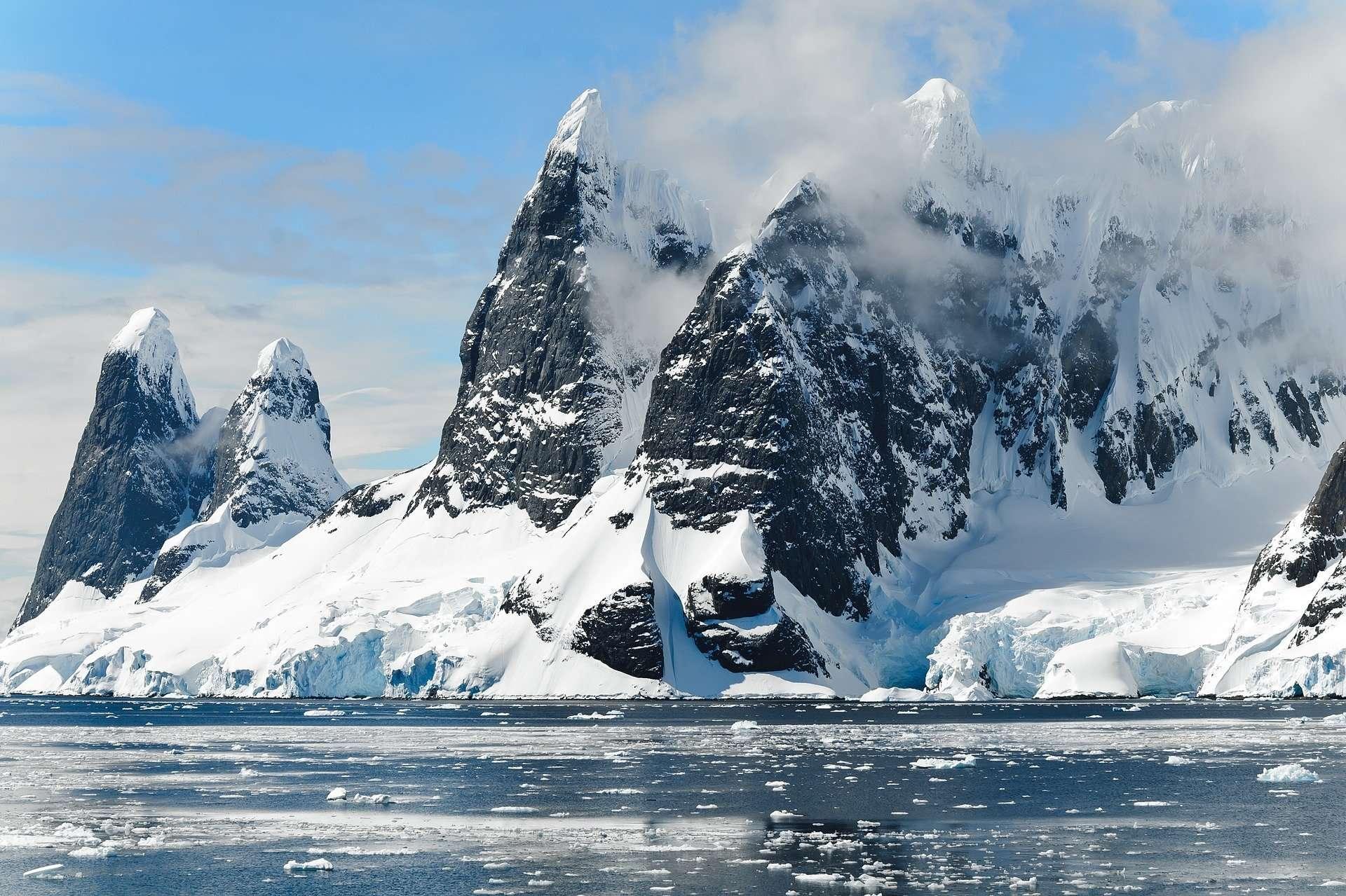 L'Antarctique fond plus rapidement que jamais, six fois plus vite qu'il y a quarante ans. © DP