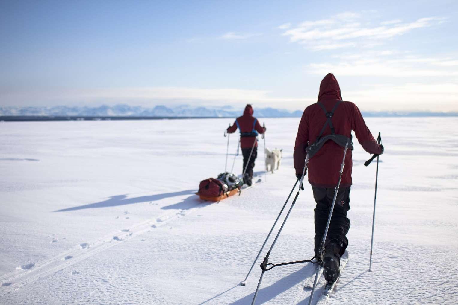 L'expédition Pôle Nord 2012 en entraînement au Groenland, sur la banquise. © Raphaël Demaret
