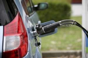 D'ici 2015, 75.000 points de recharge publics des véhicules électriques devraient équiper le France selon la charte de déploiement des véhicules électrique et hybrides rechargeables. © Ph. Jacob