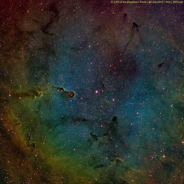 De la formation de la matière à la naissance des galaxies, en passant par l'explosion de supernovae ou l'apparition de la vie sur Terre (et ailleurs ?), il s'en est passé des choses en 13,7 milliards d'années dans l'univers ! © DJMacCrady, Flickr, cc by nc nd 2.0