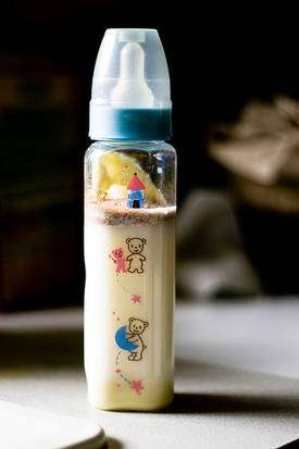 Les biberons en plastique contenant du bisphénol A sont déjà interdits dans quelques pays. © Mil / Flickr - Licence Creative Common (by-nc-sa 2.0)