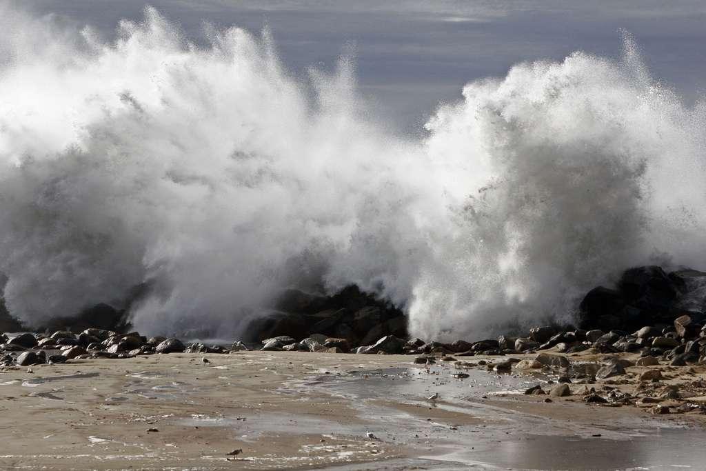 La tempête Qumaira frappe tout l'ouest de la France, et la Bretagne en premier lieu. Le Finistère est même placé en alerte rouge à cause du risque d'inondation. © Mikebaird, Flickr, cc by 2.0