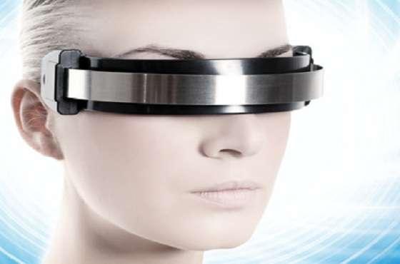 En affichant des informations sur des objets qui nous entourent, la réalité augmentée peut servir dans d'innombrables domaines, de l'ingénierie à l'aéronautique en passant par le secteur médical. © DR