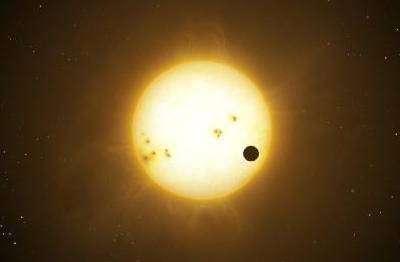 """Simulation du transit d'une exoplanète de type """"Jupiter chaud"""" devant le disque d'une étoile"""
