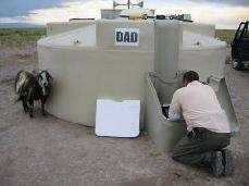 L'un des 1600 détecteurs de surface, pouvant contenir 12 tonnes d'eau(Crédits : Pierre Auger Observatory)
