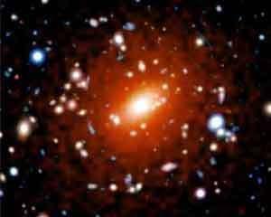 L'amas de galaxies MACSJ1423 vu par Chandra. Photo: NASA