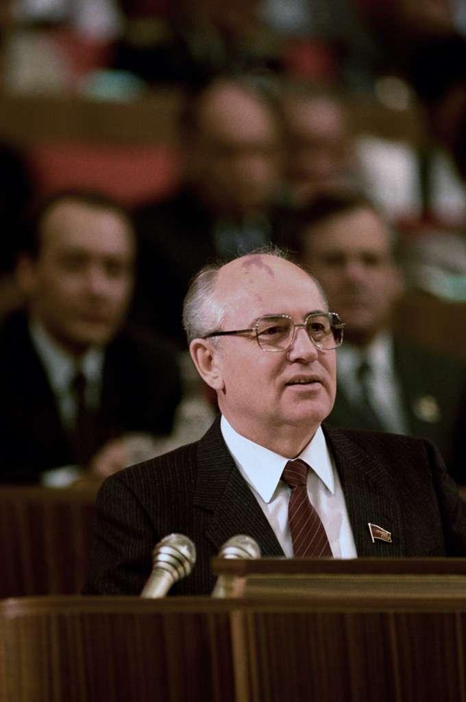 Mikhaïl Gorbatchev, secrétaire général du Parti communiste d'URSS de 1985 à 1991, est à l'origine de la fin de la guerre froide. © Vladimir Vyatkin, Wikimedia Commons, cc by sa 3.0