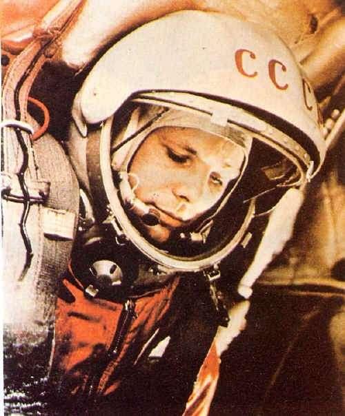 Youri Gagarine dans son habit de cosmonaute. © RIA Novosti