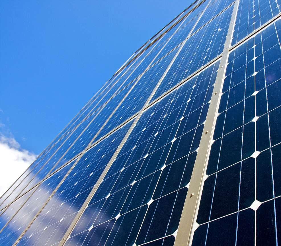 Les cellules photovoltaïques, cœur des panneaux solaires. © DR