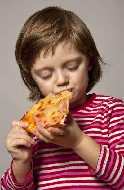 Aujourd'hui en France, 16 % des enfants sont en surpoids ou en obésité. © Kuttelvaserova, shutterstock.com