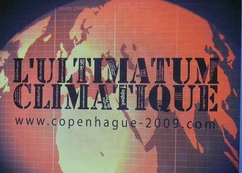 La mobilisation des citoyens et des ONG pour le Sommet de Copenhague s'affiche sur le média vidéo. © Ultimatum climatique CC by-nc-sa