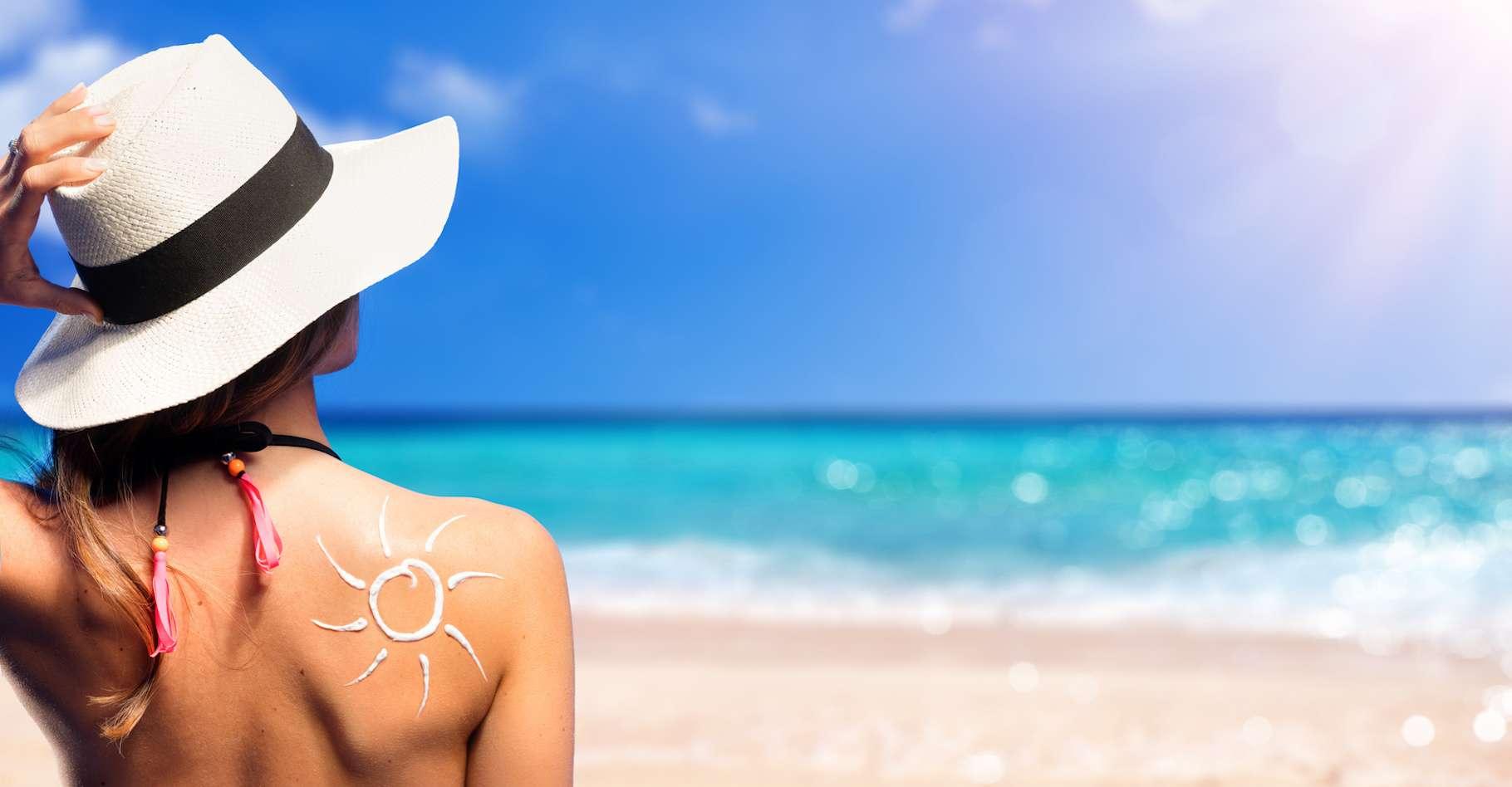 Certains composés chimiques de la crème solaire passeraient dans le sang et y resteraient pendant une période prolongée © Romolo Tavani, Fotolia