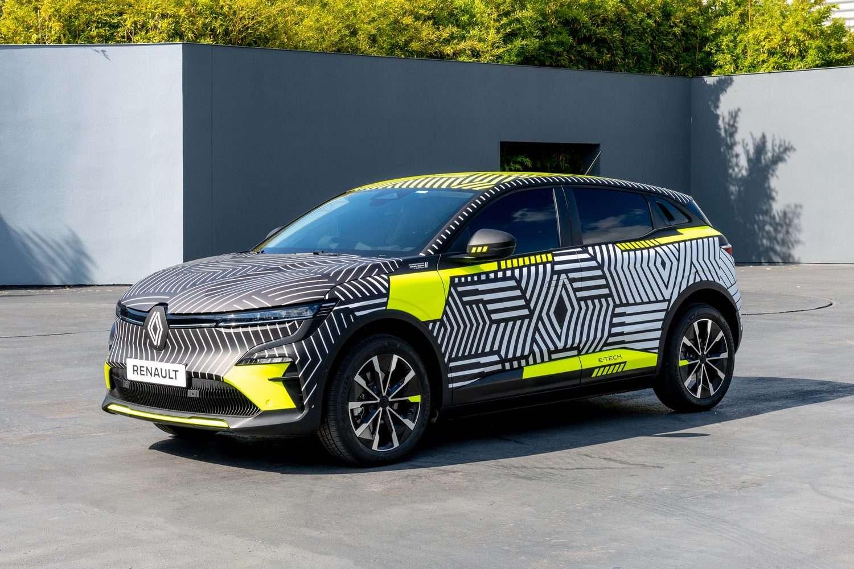 La version de pré-série de la Mégane E-Tech Electric a été produite à 30 exemplaires dans l'usine Renault de Douai. © Renault