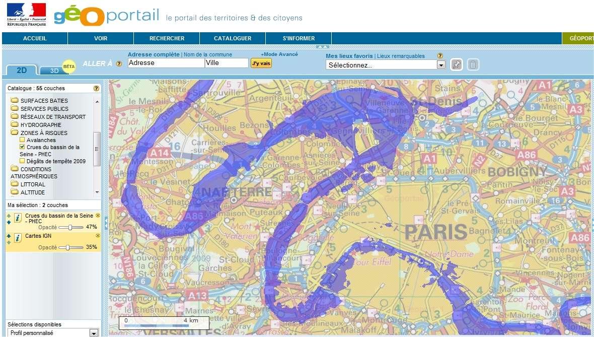 La crue de la Seine de 1910, ou PHEC (plus hautes eaux connues), reportée sur une carte IGN actuelle montrant Paris et sa proche banlieue. Même si de nombreuses mesures ont été prises pour réduire la probabilité d'une telle inondation, l'urbanisation rend la région bien plus vulnérable qu'en 1910. © Géoportail / IGN