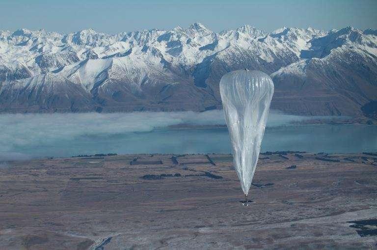 Lancé en 2013, le projet d'accès Internet haut débit distribué par un réseau de ballons stratosphériques de Google a franchi de nombreux paliers techniques. Ils sont désormais capables de relayer une connexion cellulaire 4G. © Google