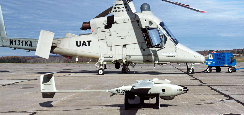 L'avionneur Lockheed Martin vient de présenter un tandem de robots-pompiers composé d'un hélicoptère bombardier d'eau autonome et d'un drone qui lui sert de guide pour cibler avec précision les incendies. © Lockheed Martin