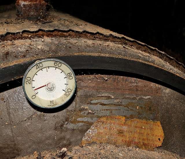 Le chauffage au fuel est apprécié pour chauffer des grandes surfaces dans les régions froides. Il s'impose pour les maisons individuelles non raccordées au réseau de gaz naturel. © Hugo Clément, CC BY-ND 2.0, Flickr