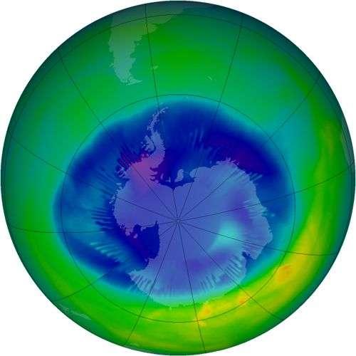 Le trou dans la couche d'ozone observé par satellite le 26 août 2007. Crédit OMS.