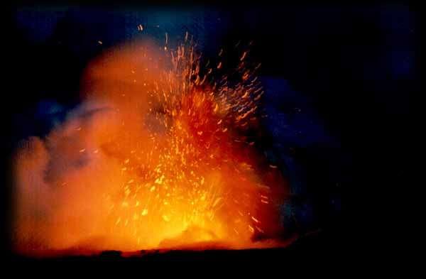 Une éruption volcaniqueCrédit : chateaudebrou.com