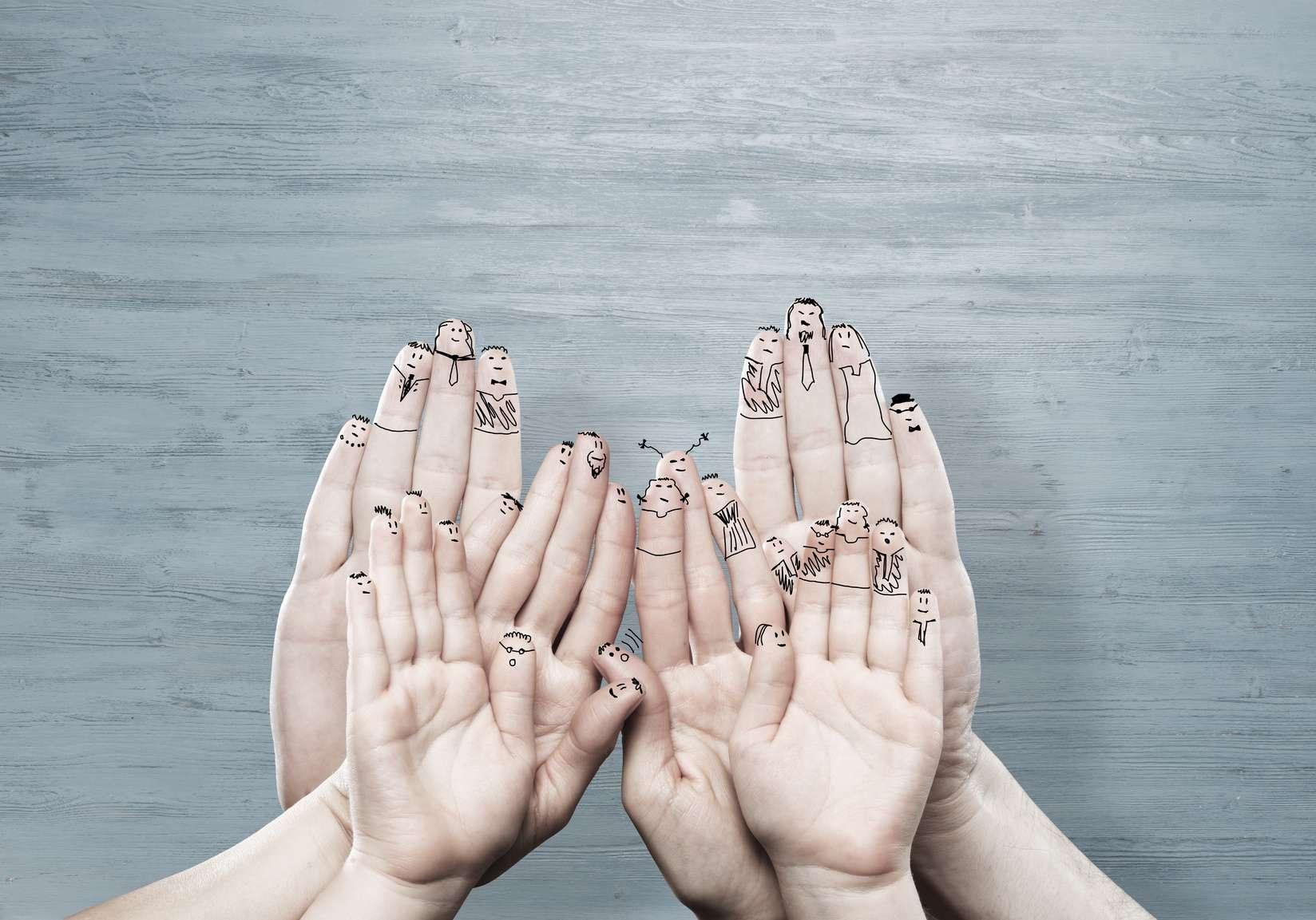 Cela fait 20 ans que deux hommes vivent avec des mains transplantées. © adam121, Fotolia