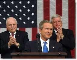 Photo prise lors d'un discours sur l'état de l'Union pendant lequel le Président Bush annonce des mesures drastiques pour la lutte contre la pollution.