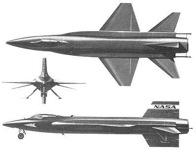 Dessins de la première version du X-15. On remarque la faible envergure (6,8 mètres, pour 15,45 mètres de longueur) et l'imposante taille de l'empennage arrière, dont la partie inférieure devait être larguée avant l'atterrissage. Dépourvu de roues sur l'atterrisseur principal, le X-15 se posait sur des patins, visibles sur les dessins de face et de profil. © Nasa