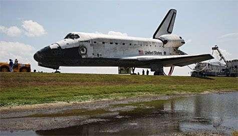 La navette Discovery, de retour après la mission STS-124 de mai 2008. Crédit Nasa
