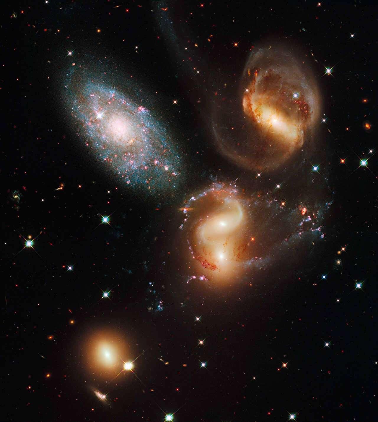 Le Quintette de Stephan vu par le télescope spatial Hubble. Crédit : NASA, ESA, Hubble SM4 ERO Team