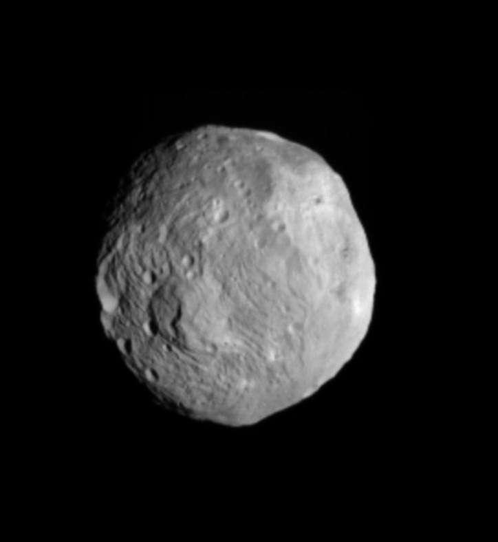 L'astéroïde Vesta photographié à une distance à 41.000 kilomètres par la sonde Dawn. © Nasa/JPL-Caltech/Ucla/MPS/DLR/IDA