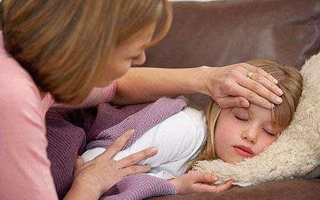 En cas de mal de tête, la codéine est à éviter pour les enfants de moins de 12 ans car chez certains patients, elle élève dangereusement les taux de morphine. Il existe des alternatives à utiliser en priorité. © Phovoir