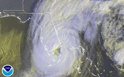 Wilma au coeur de la FlorideCrédits: NOAA