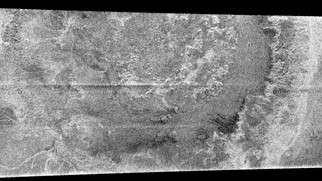 Le vaste cratère d'impact découvert par Cassini