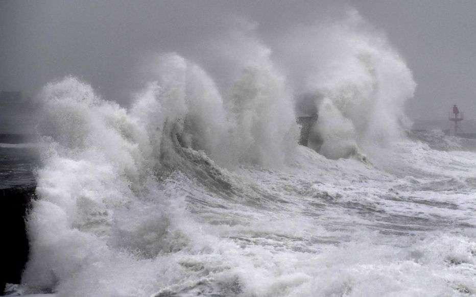L'Atlantique se déchaîne sous l'influence de la tempête Ciara dans le Finistère. © AFP, Fred Tanneau