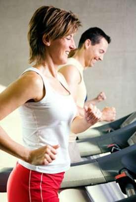 Pour garantir des séances régulières de sport à la pause déjeuner, choisissez une activité pratique pour vous. © Fotolia