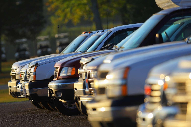 Les SUV polluent davantage que les berlines : jusqu'à plus de 200 g/km d'émissions de CO2