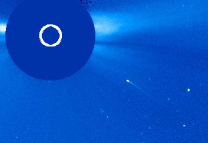 Une belle comète rasante qui fonce vers le Soleil, observée le 27 août 2020. © Nasa, ESA, Soho
