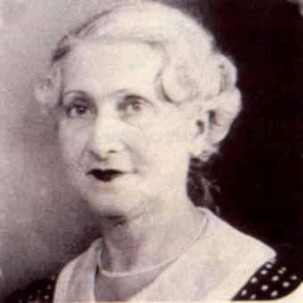 Jeanne Calment, qui fut doyenne de l'humanité, ici âgée de 60 ans, est décédée à l'âge de 122 ans. Crédits DR