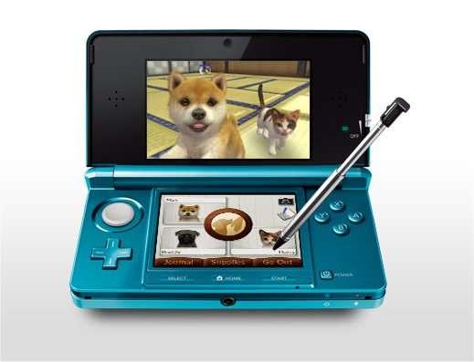La console de jeu Nintendo 3DS comporte un écran tactile résistif. La preuve : l'appareil est livré avec un stylet, inutilisable sur un écran capacitif. © Nintendo