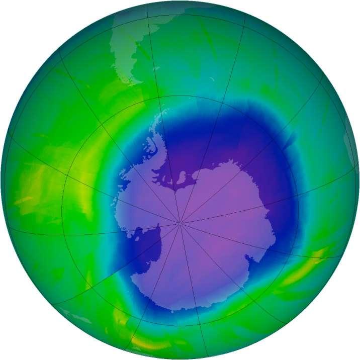 Le trou dans la couche d'ozone est une image. À proprement parler, il ne s'agit pas d'un trou mais d'un appauvrissement plus ou moins prononcé de la couche d'ozone au-dessus de l'Antarctique et qui limite d'autant son efficacité. © Nasa (Ozone Hole Watch) & Michael Carlowicz