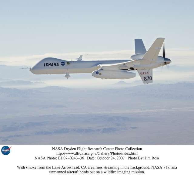 L'Ikhana en vol. Notez le train d'atterrissage rentrant et l'hélice propulsive, mue par une turbine. © Jim Ross/Nasa Dryden Flight Research Center