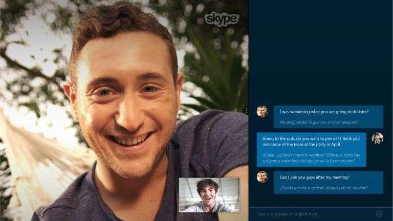 Jusqu'à présent, la version bêta de Skype Translator ne prenait en charge que l'anglais et l'espagnol. Mais Microsoft vient faire une démonstration avec une conversation franco-anglaise. Le grand public peut tester ce traducteur instantané en s'inscrivant au programme d'essai de la version bêta. © Microsoft